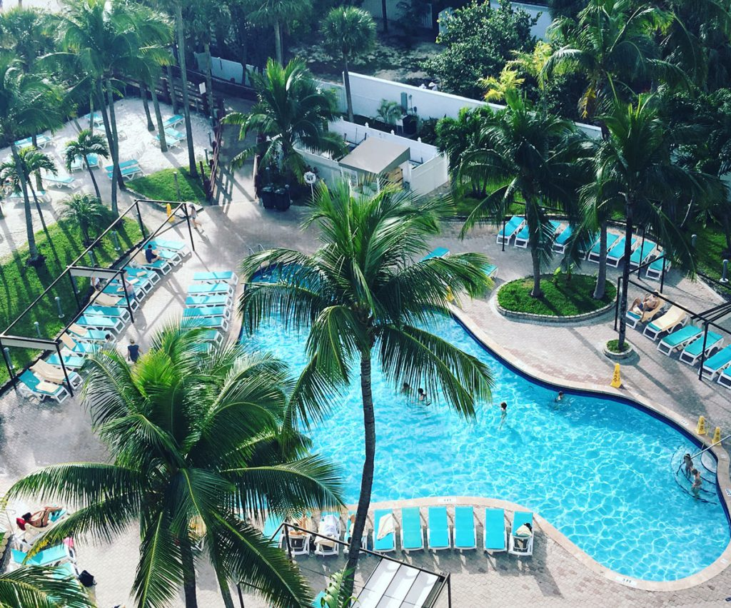 Riu_Plaza_Miami_Pool